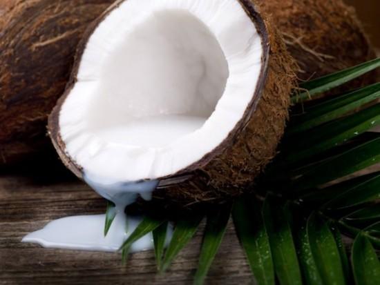 walnut coconut milk - latte di cocco cocco