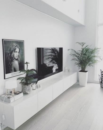 funderingar kring tv b nk p sm llen. Black Bedroom Furniture Sets. Home Design Ideas
