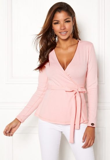 bubbleroom-chiara-forthi-cashmere-feel-cozy-wrap-light-pink_4